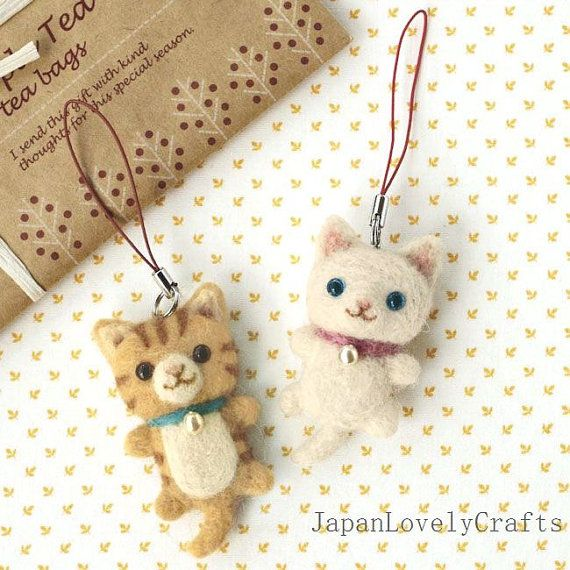 Japanese Needle Wool Felt Mascot Strap DIY Kit - White & Tabby Cat - Easy Felting + Tutorial, Sachiko Susa - Kawaii Hamanaka Kit - F30