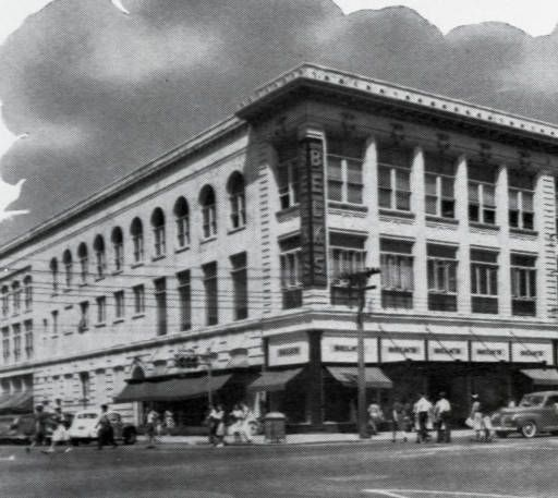 76 Best Images About Historic Downtown Storefronts On: Belk's Department Store 1940 (Columbia, SC?)