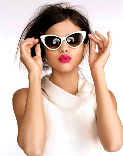Just love these #sunglasses - fashionably perfect for the summer & of course a #luxuryvillaescape ;)