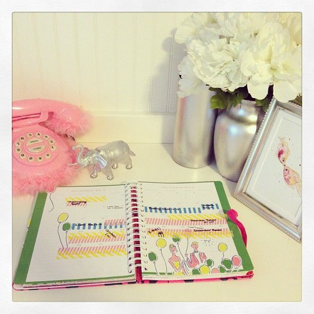 #lillyagenda via @enb300 | Color coded washi tape! Easiest way to visualize and plan my entire year.