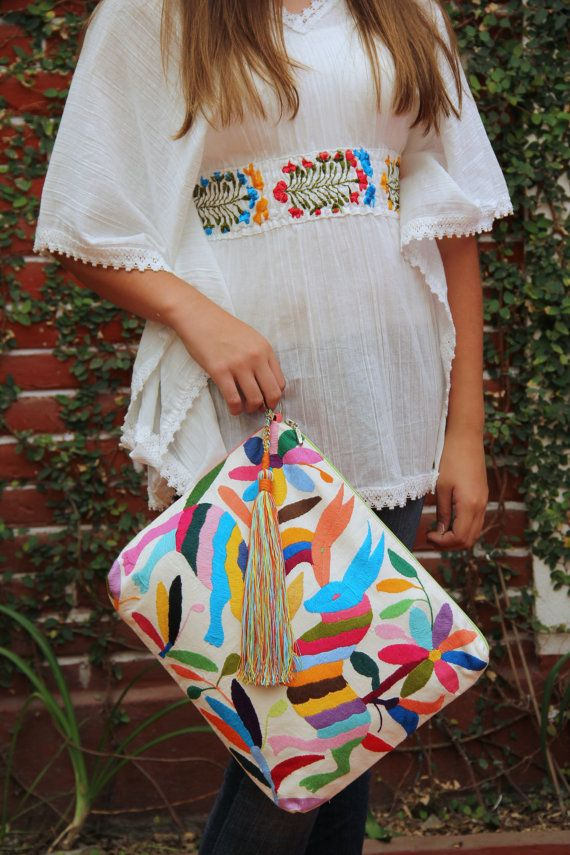 Otomi Multi colored Clutch Vegan by CasaOtomi on EtsyMexico, Tenango, mexican…