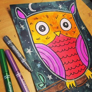 I tried adding some shimmer to this owl project with a few shiny Crayola…