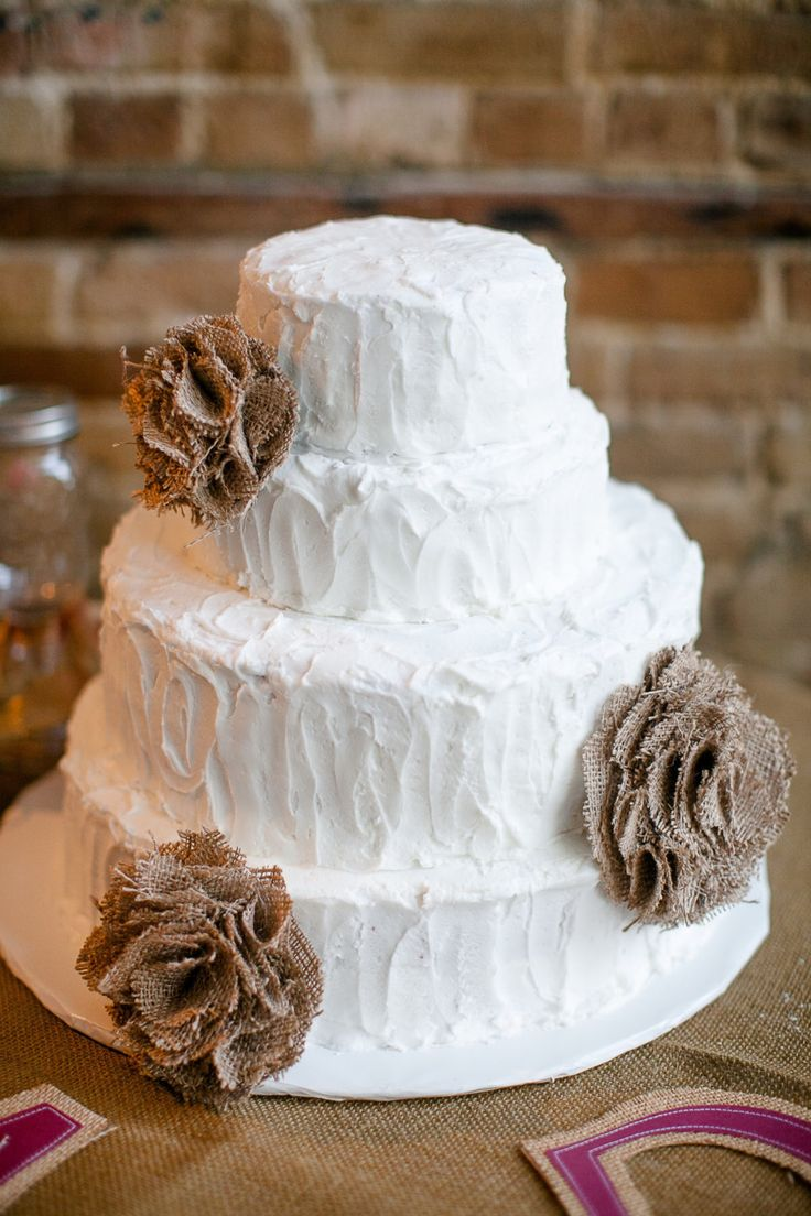 burlap wedding cake - Google Search