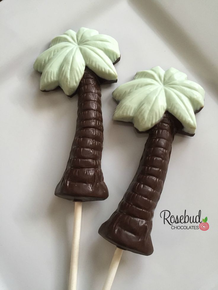 ideas for beach wedding party favors%0A Dark Chocolate  u     Mint Green Lollipop Favors  Beach Wedding Theme  www rosebudchocolates com