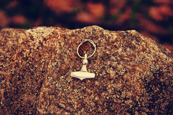 #viking #jewelry #mjolnir #mojoviking