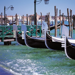 Travel packages complete with gondolas! Italy Travel & Vacation Information - Monograms® Travel #monogramsvacation