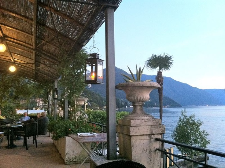 Love the Pergola at the Grand Hotel Villa Serbelloni!  I want to re-create this in our backyard... minus the lake unfortunately.
