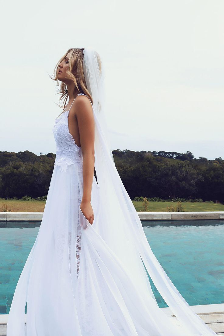 Our Iconic Hollie gown sold out worldwide and we are so excited to introduce the highly anticipated Hollie 2.0!