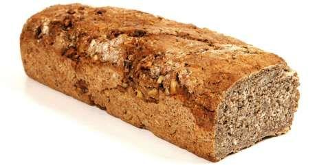 FEDON: Fedon Lindbergs oppskrift på lavkarbobrød inneholder ingredienser du må på helsekostbutikken for å få kjøpt.