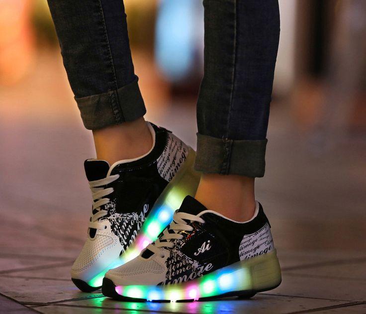 chaussure avec roulette  qui s'allument pas cher