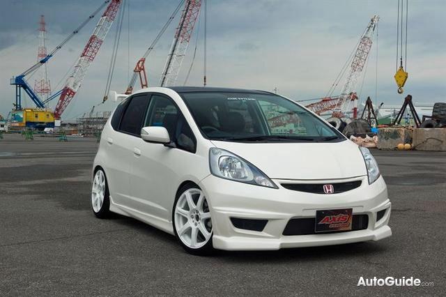 Honda fit type r look alike cars japan pinterest for Cars like honda fit