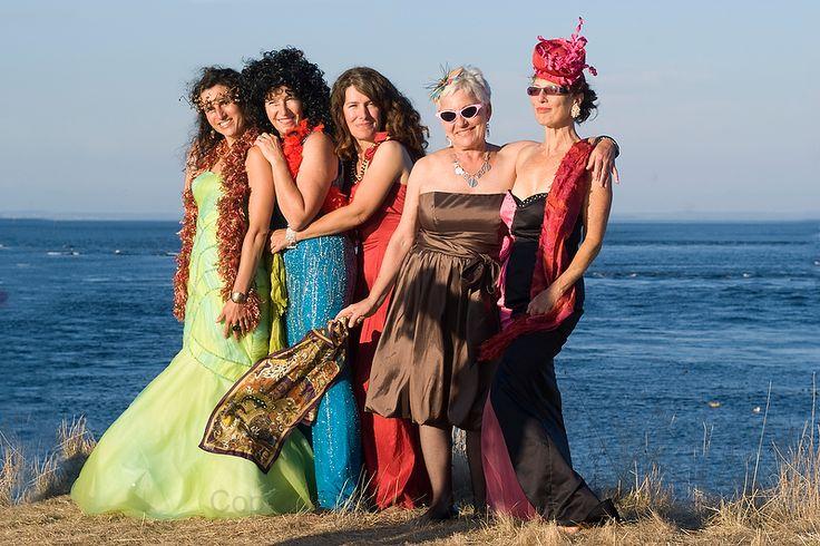The best dressed bridesmaids on saturna island, gulf islands wedding photography www.nancyangermeyer.com