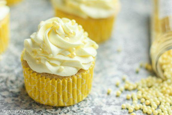 Easy Strawberry Lemon Cupcakes - The JavaCupcake Blog