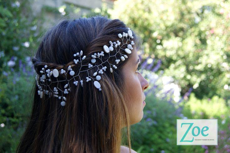 #Tocado #Novia #Peinado #Perlas #Piedras #ZoeNovias #Matrimonio #ZoeTocados #ElTocadoPerfecto #Metal #Detalles