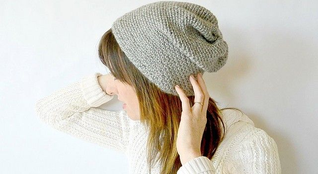 [Free Pattern] This Super Simple, Seamless And Slightly Slouchy Beanie Is Everyone's Favorite - Knit And Crochet Daily