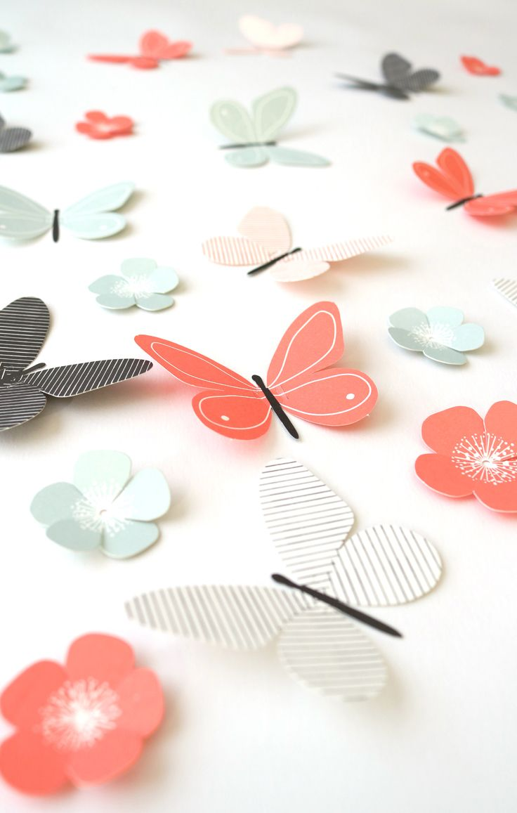 10 easy pop-out paper butterflies and 10 flowers in one set (€ 7.95) DIY IDEA: As cake toppers on a wire they seem to fly over your garden of cakes & green... super summer treat!
