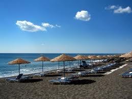 santorini perissa beache