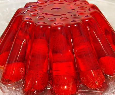 Aspic freddo di fragole