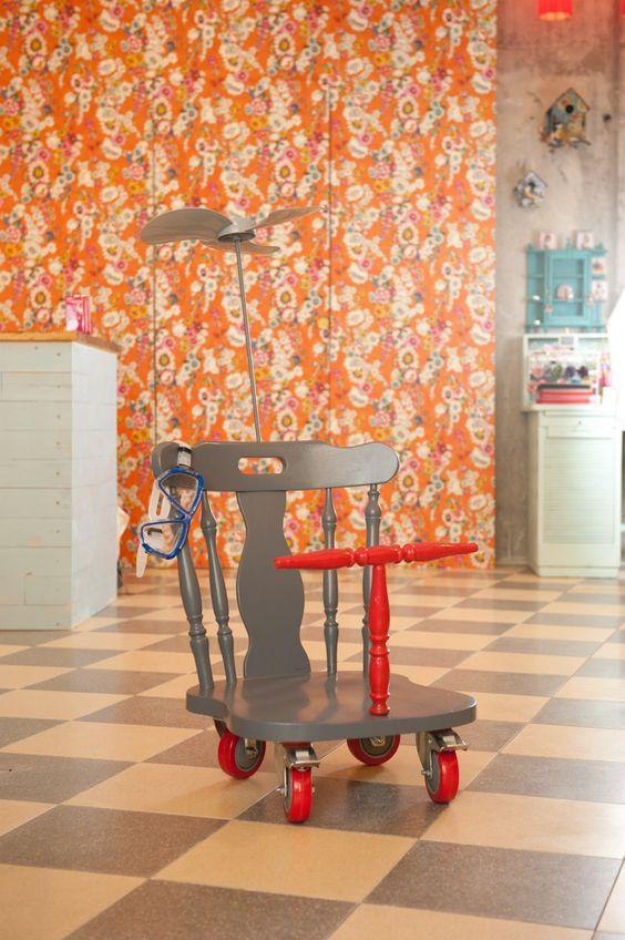 21 Ways to Upcycle a Chair Happy Trashy Tuesday! Well whatever day it is…in th…