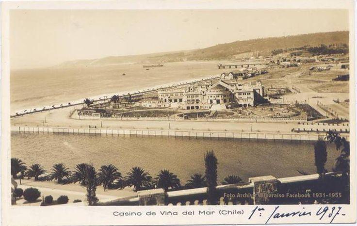Chile, Viña del Mar. Postal Aérea que muestra el Edificio Casino Municipal de la Ciudad Jardín, en el año 1937, en una zona desolada y con muy pocas construcciones a su alrededor.