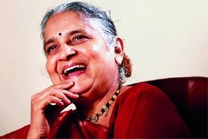 Social worker and an accomplished author, Sudha Murthy gave up her own tech career to help her husband Narayan bring forth Infosys. With a big dream and zero capital, Narayan was financed by Sudha for Infosys