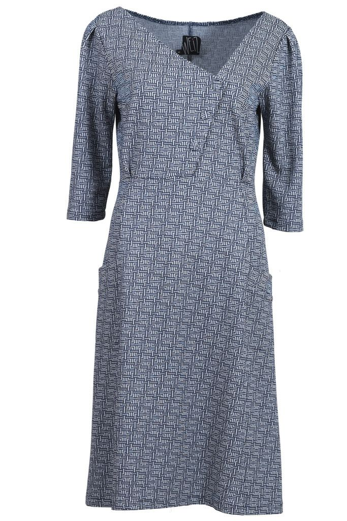 Weiz Copenhagen symmetric Synne dress in grey retro print.