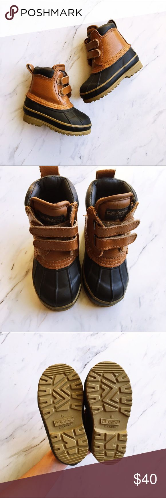 Kids Velcro Duck Boots Weather Protector duck boots by Totes for your toddler. Practically perfect condition! Cutest little boots for fall and winter, sure to keep your kiddos toes warm and dry. Easy to put on and take off with Velcro straps and extremely well made. You and your baby could match this season with your duck boots in the snow and rain. Brown, tan and navy blue. Totes Shoes Rain & Snow Boots