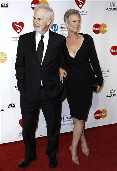 Jamie lee curtis reveals the secret behind her 31 year for Is jamie lee curtis married to christopher guest