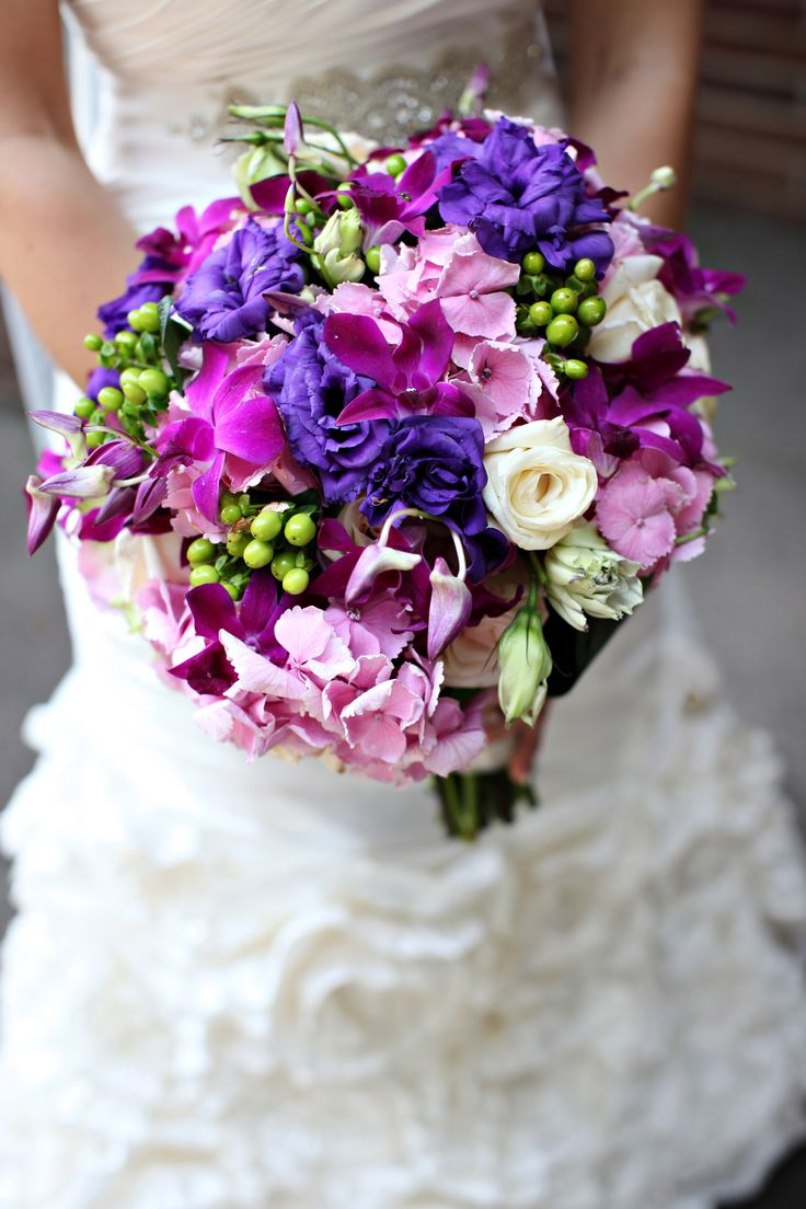 Purple wedding flowers #weddings #weddingflowers | Noel and Joey!