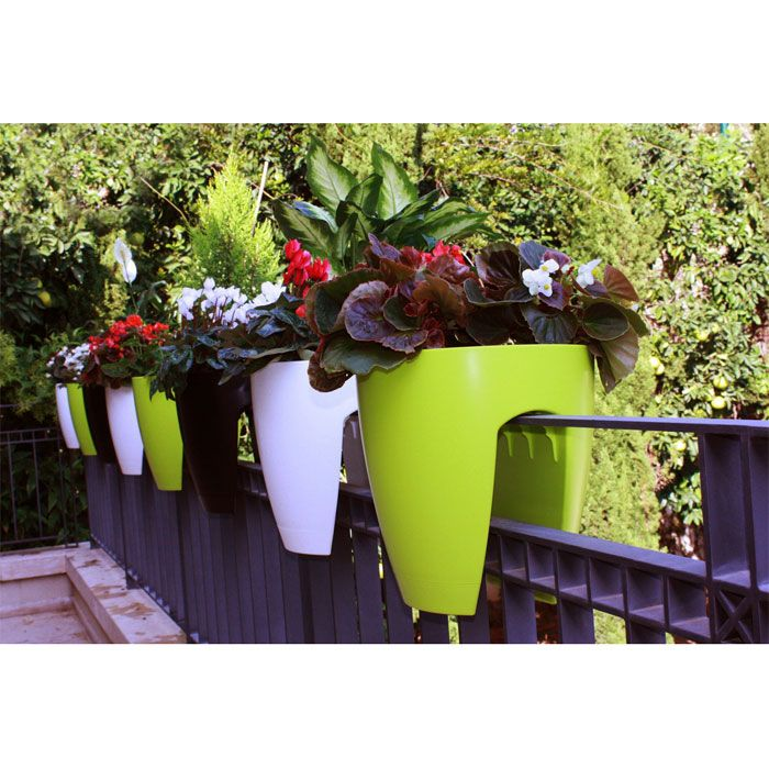 ar store planter product detail - Railing Planters