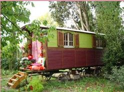 22 best images about bauwagen on pinterest the roof gypsy caravan and the shape. Black Bedroom Furniture Sets. Home Design Ideas