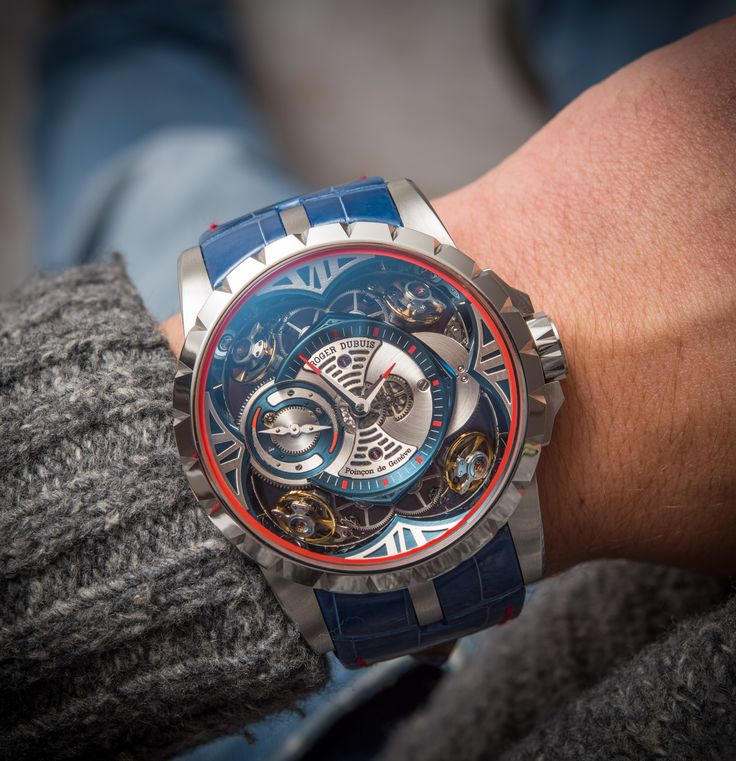 What a beast of a watch! Roger Dubuis Quatuor with a Cobalt case, 390,000 CHF, Limited Edition of 8 pieces. Captured by our own David Bredan ○ Read the article at: http://www.ablogtowatch.com/roger-dubuis-excalibur-quatuor-cobalt-micromelt-watch/ ⌚Follow