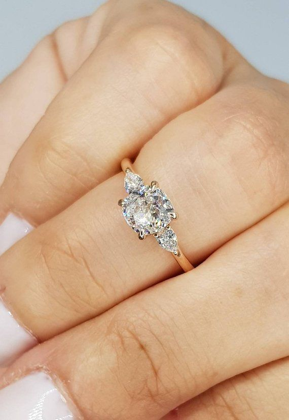 Pin By Abby E On Wedding In 2020 Wedding Rings Unique Round Engagement Rings Wedding Rings Vintage