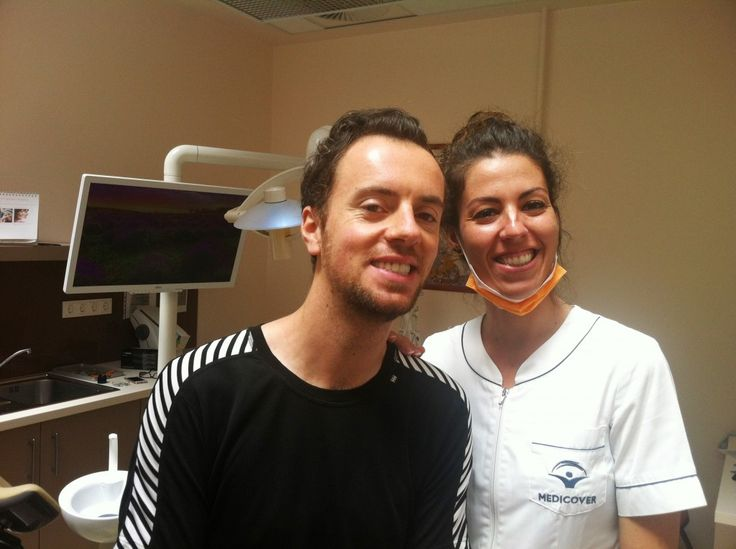 Dr Manolakis and her patient with a brand new smile. Roland received new zirconium crowns to his front and top teeth and porcelain fused to metal crowns to the molars. Now he can smile with confidence again as before. Just like other patients he really liked to be treated by Dr. Manolakis.