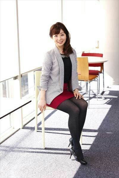 オフィスルックの松尾由美子