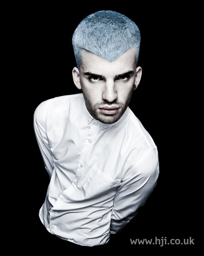 Pale blue cropped men's hairstyle #HJMen #Hair #Menshair #blue