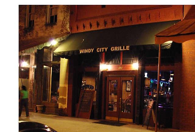 Windy City Grille - Como, MS