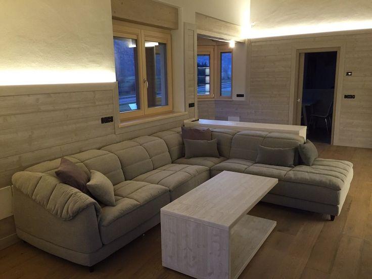 """A living room """"tailor made"""" according to the architect's idea. Il #salotto su misura realizzato secondo il progetto dell'#archietto."""