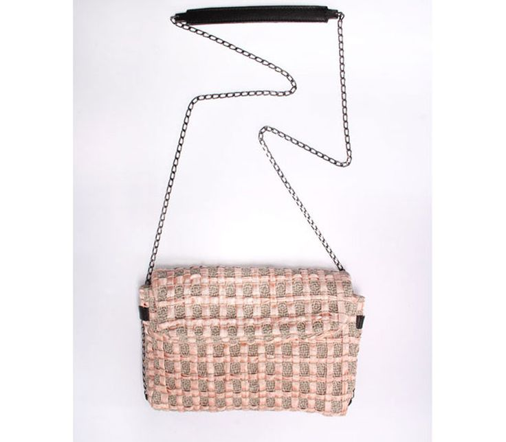 Sun. Ladies bag in handwoven fabric, chain and leather handle. 60% cotton-40% poly. Dolores nude.