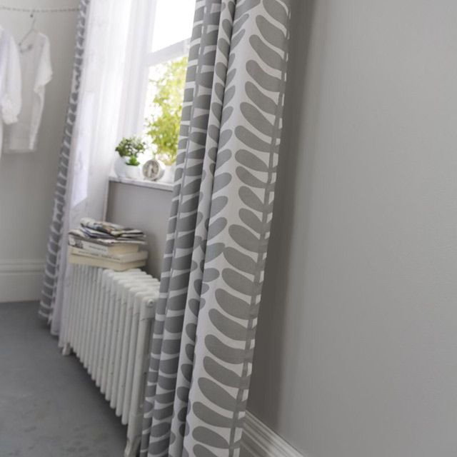 12 best rideaux panneaux japonais images on pinterest curtains shades and blinds. Black Bedroom Furniture Sets. Home Design Ideas
