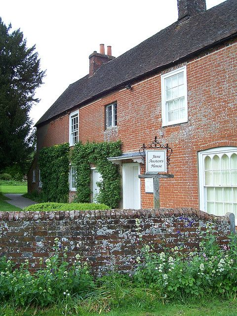 2017 marks the 200th anniversary of Jane Austen's death. The Jane Austen House museum in Chawton, England is a great place to visit.