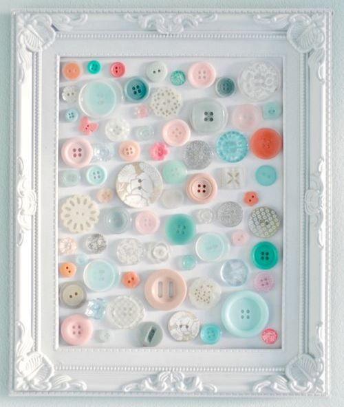 28 crafts using buttons                  Espero que esto los inspire para sacar esos botones acumulados y hacer algo divertido! hay ideas m...