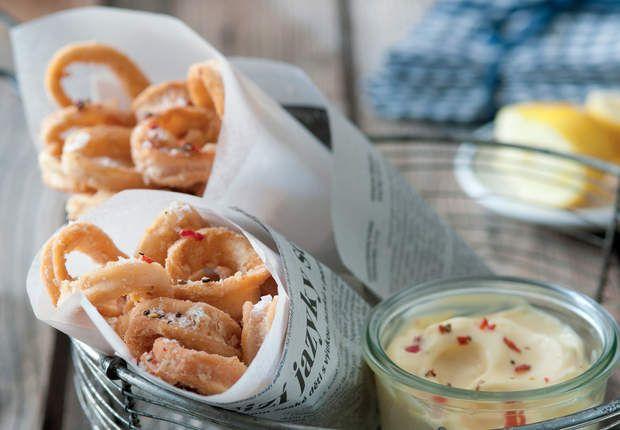 Beignets de calamars et mayonnaise pimentéeDécouvrez la recette des beignets de calamar