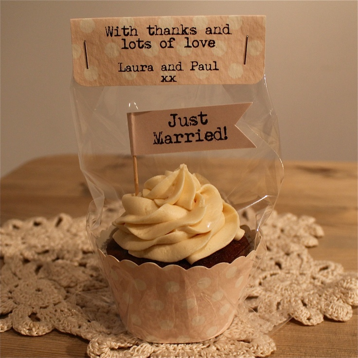 Cupcake Favours