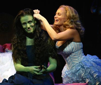 Want to see Wicked so badly! It would be even better if I could have seen it when Kristin Chenoweth was in it!
