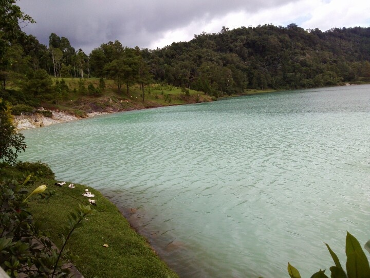 Linow Lake, Kawangkoan, North Sulawesi