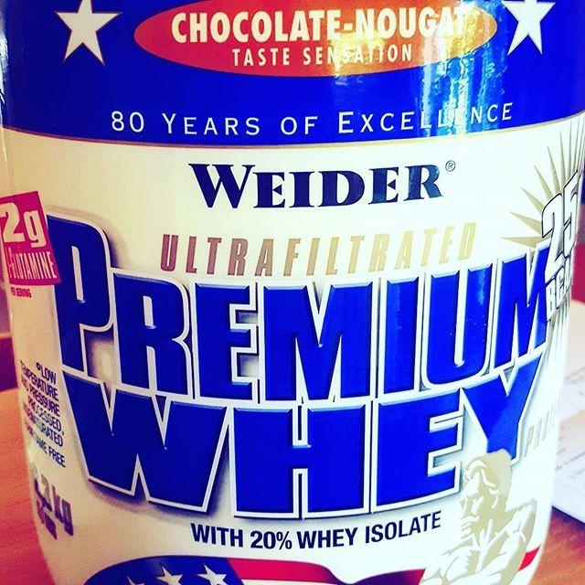Mal was neues @weiderglobalnutrition #premium #whey #fitness #protein #supplements #bodybuilding #weider