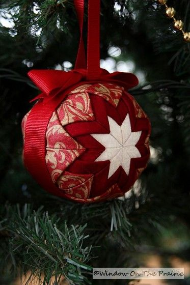 Quilted Ball Ornament.  Link to tutorial on how to make: http://crafterwithoutacat.blogspot.com/2009/08/ornament-tutorial.html