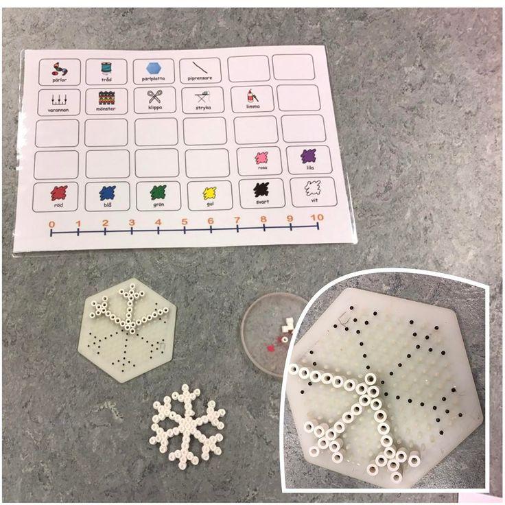 """@specialpedagogik_i_forskolan på Instagram: """"Här skapar vi snöflingor, anpassningen här är att vi målat mönstret direkt på pärlplattan för att göra pärlandet tillgängligt för fler.…"""""""