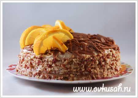 Блинный пирог с шоколадной пастой